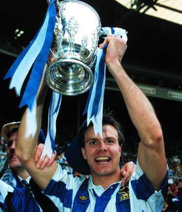 Rolle Nilsson hade många lyckade år som högerback i Sheffield Wednesday. Här 1991.