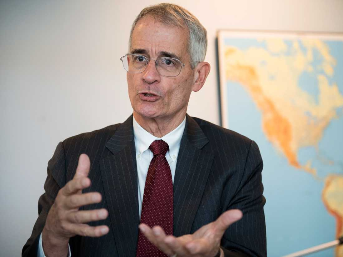 Bruce Stokes, chef för globala undersökningar på det amerikanska opinionsinstitutet Pew Research Center.