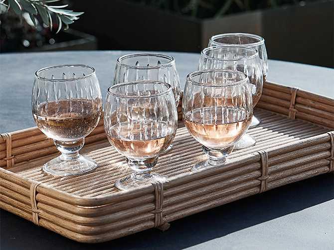 Bricka Orga, 719 kr, vitvinsglas, Vintage, 109 kr, House doctor.