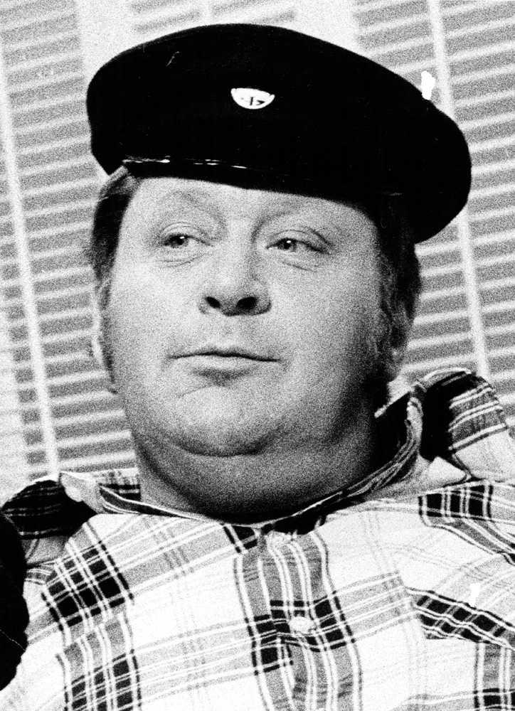 I mitten av 70-talet var Lars-Gunnar programledare för caféprogramet Sveriges magasin.