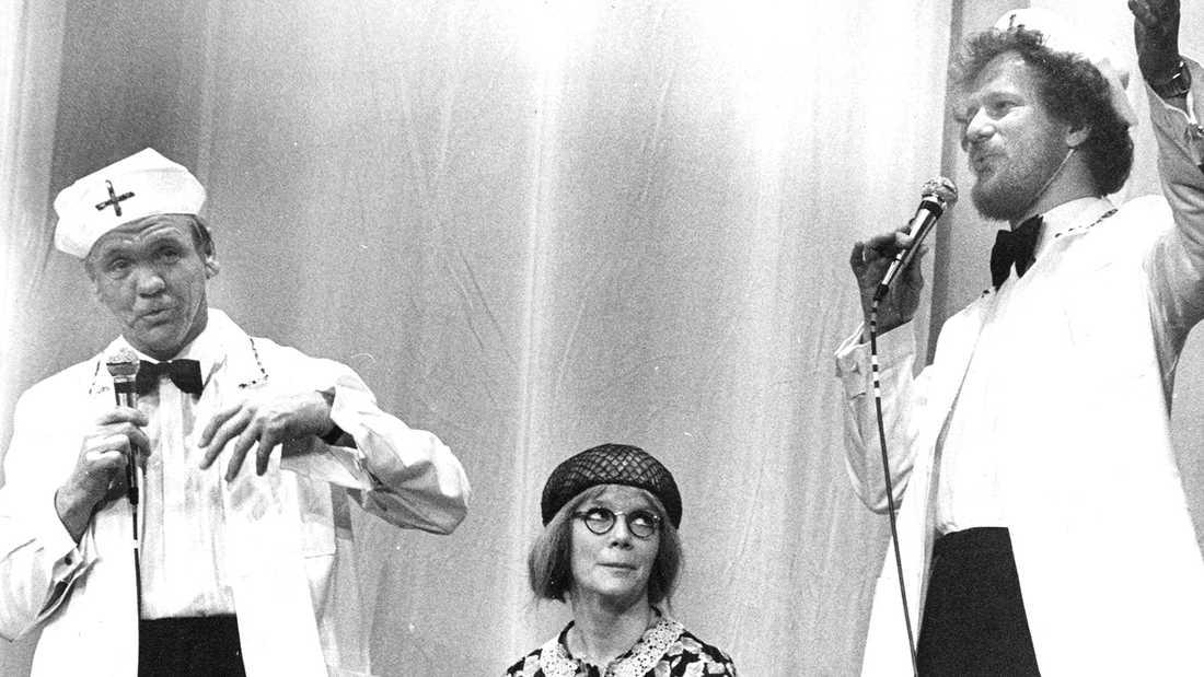 Från vänster Björn Sundberg, Birgitta Götestam och Peter Flack i en tidig revy.