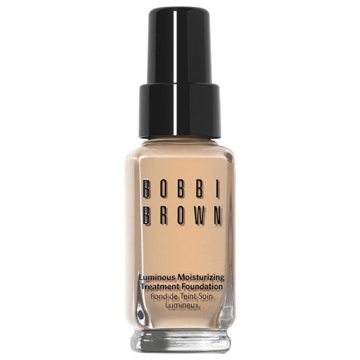 """""""Luminous moisturizing treatment foundation"""", Bobbi Brown Återfuktande, medeltäckande foundation med ljusreflekterande partiklar som ger fin, hållbar utjämning av hudtonen och hälsosam glow. Hög komfort och ett bra alternativ för dig med mogen hy. http://www.kicks.se/bobbi-brown-b431-tcbt/makeup/foundation-c2546/luminous-moisturizing-treatment-foundation-p58596"""