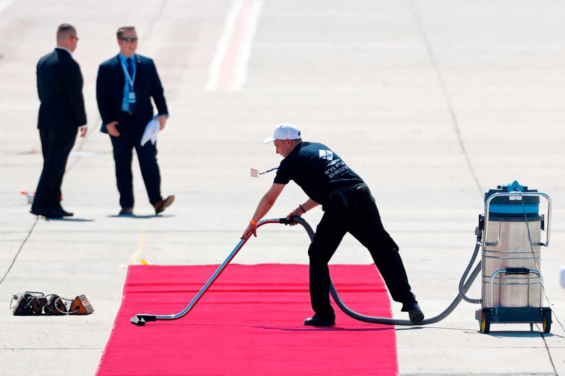 Förberedelser inför att Trump landar i Tel Aviv