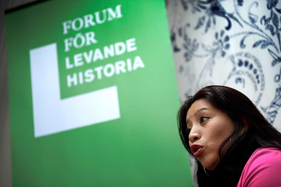 """""""Vi blev väldigt diskriminerade och kritiserade, vi blev också misshandlade, mycket verbal misshandel. Men vi slutade inte för det. Vi fortsatte att anklaga staten"""", säger Teodora del Carmen Vásquez."""