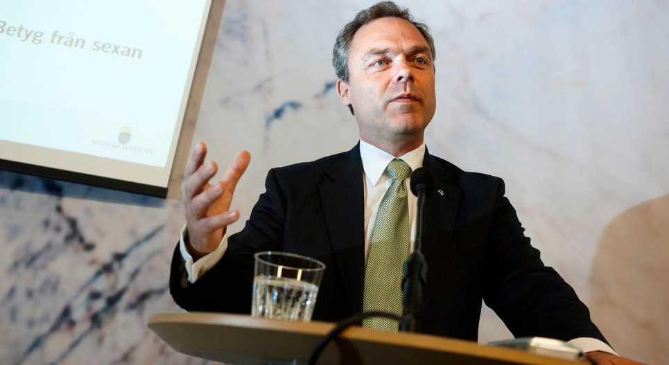 Fler unga får jobb om företagen kan betala ut lägre löner menade Jan Björklund i SVT:s morgonsoffa. (Bilden är från ett tidigare tillfälle.)