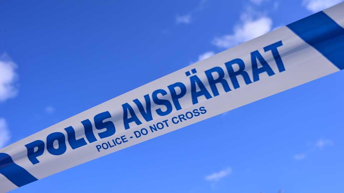 Polisen fick spärra av en badplats i Karlsborg efter att ett misstänkt farligt föremål hittats på plats. Arkivbild.