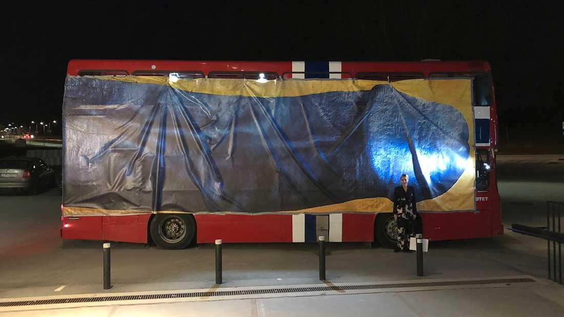 """Penis-bussen"" rullade runt på Stockholms gator under tisdagskvällen."