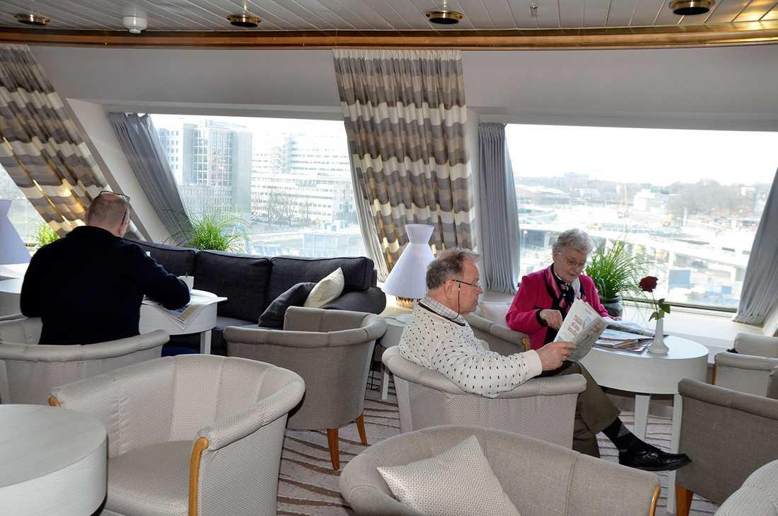 Gästerna i Commodore class har egen lounge i fören, som också blivit fräschare.