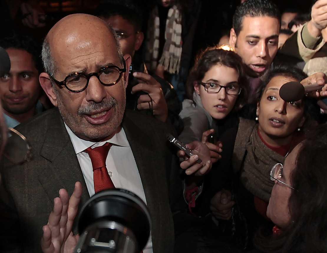 """""""Hela världen måste förstå att egyptierna inte ger sig förrän deras krav tillgodoses"""", säger oppositionsledaren El Baradei. Foto: AP"""
