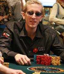 """rik man Bertrand """"ElkY"""" Grospellier håvade in två miljoner dollar."""