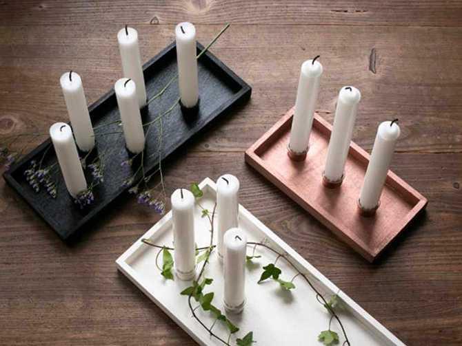 Brickor med ljusstake - i olika färger och material.