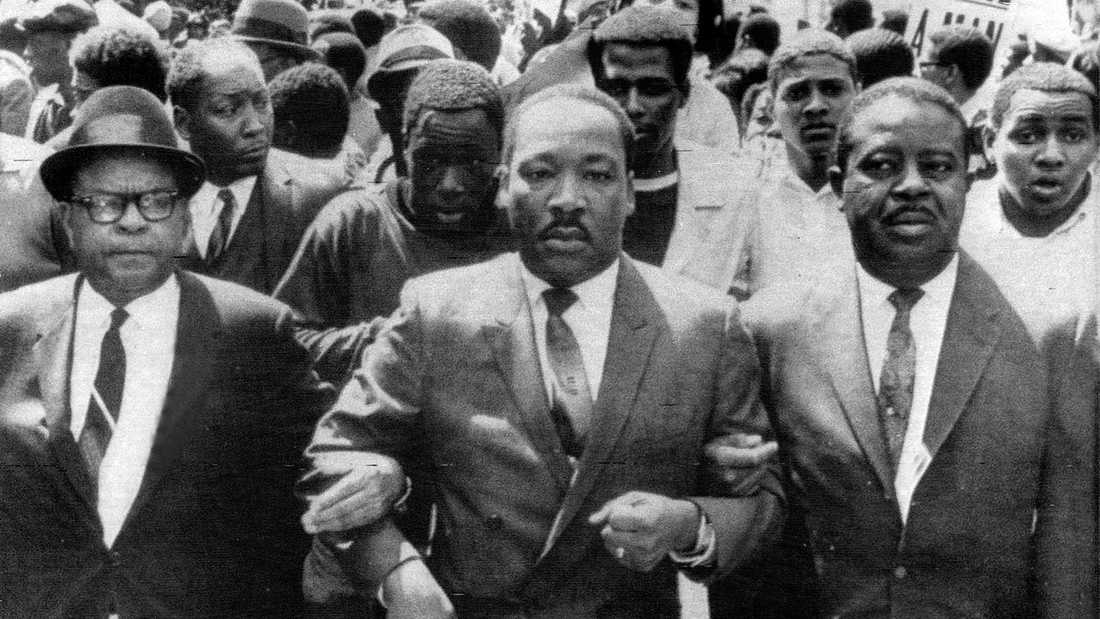 Martin Luther King under en medborgarrättsmarsch i Memphis 1968.
