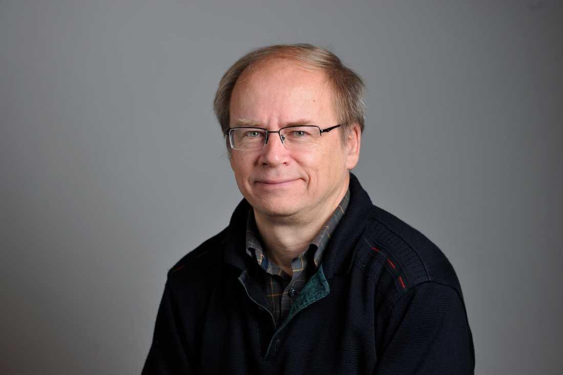 Valter Mutt, tidigare riksdagsledamot, lämnar Miljöpartiet i protest.