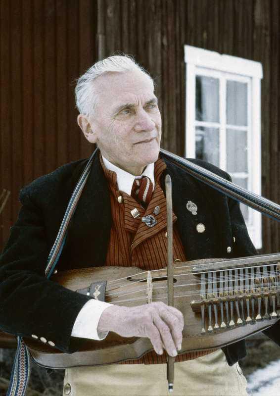 Eric Sahlström (1912-1986).
