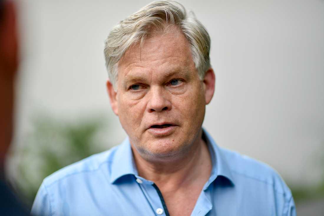 Henning Witte, de anhörigas juridiska ombud, vet inte om domen kommer att överklagas.