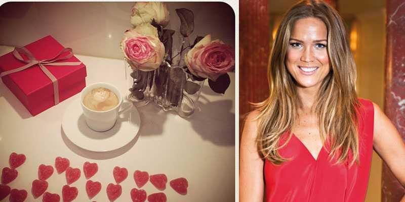 """Marie Serneholt går all in med både blommor, present och geléhjärtan på kärlekens dag: """"Good morning and Happy Valentines Day everyone!!"""", skriver Serneholt och postar bilden."""