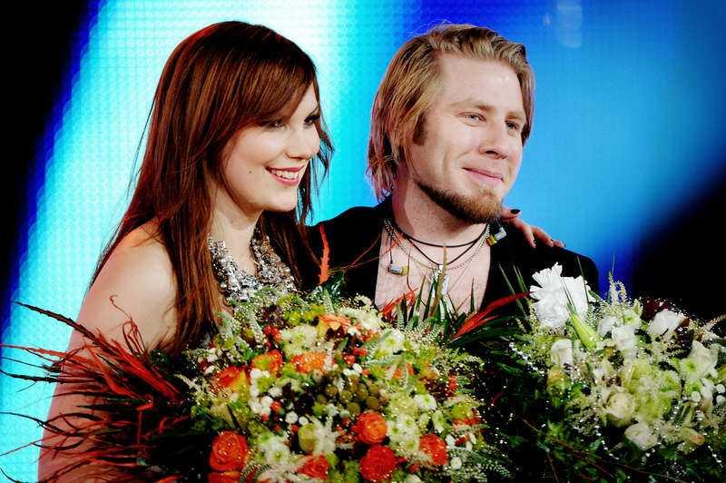 """2 Under """"Idol"""" 2010 florerade romansryktena kring Jay och Minnah Karlsson."""