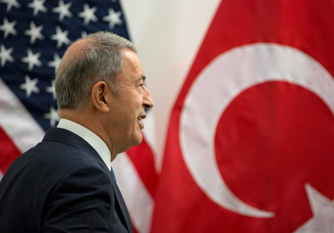 Turkiets försvarsminister Hulusi Akar.