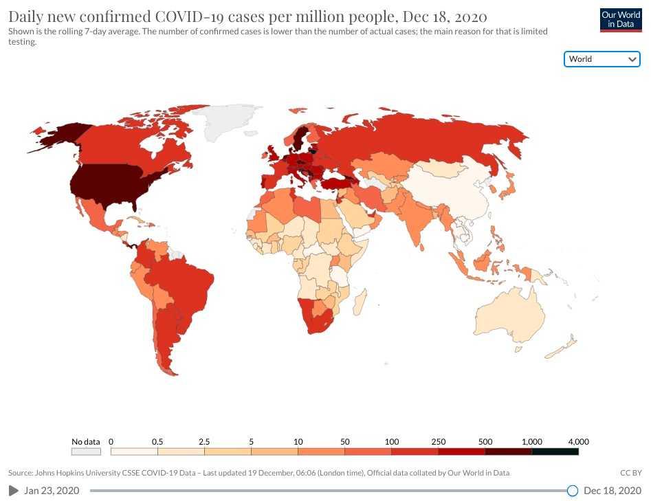 Sverige lyser mörkrött på kartan som visar hur allvarlig smittspridningen är i världen just nu.