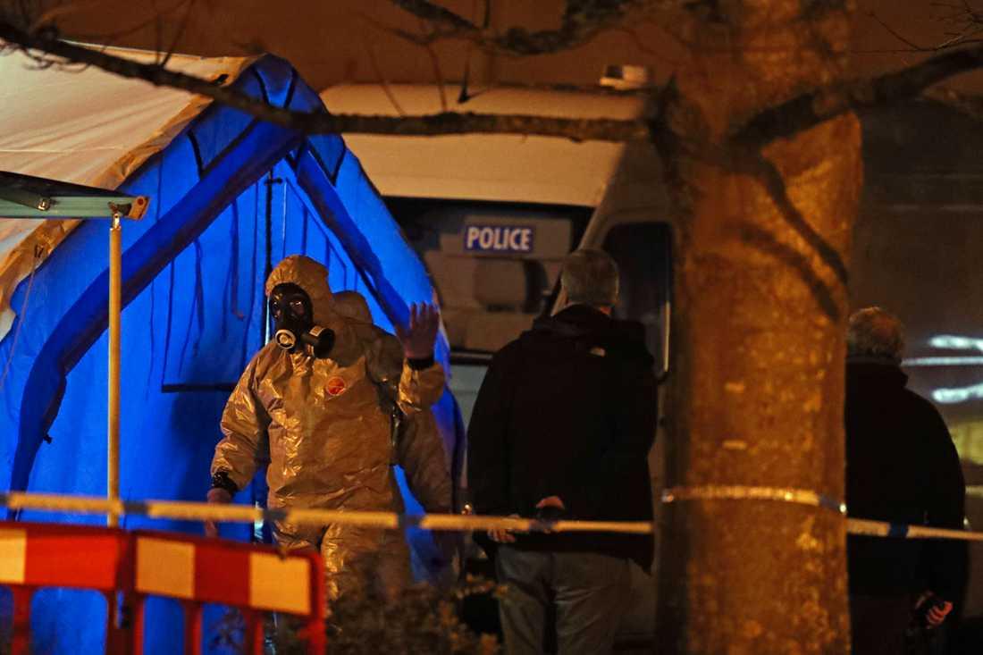 Polistekniker vid brottsplatsen den 6 mars.