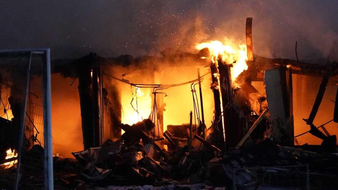 Två unga män har häktats misstänkta för ett antal mordbränder utanför Örnsköldsvik. Arkivbild.