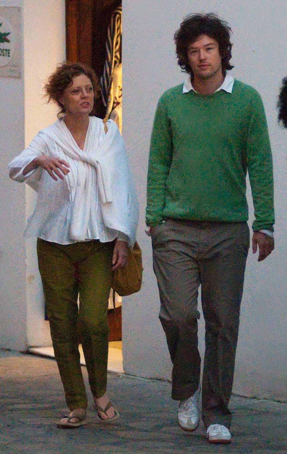 Susan Sarandon med påstådde pojkvännen Jonathan Bricklin. Klicka för att förstora bilden.