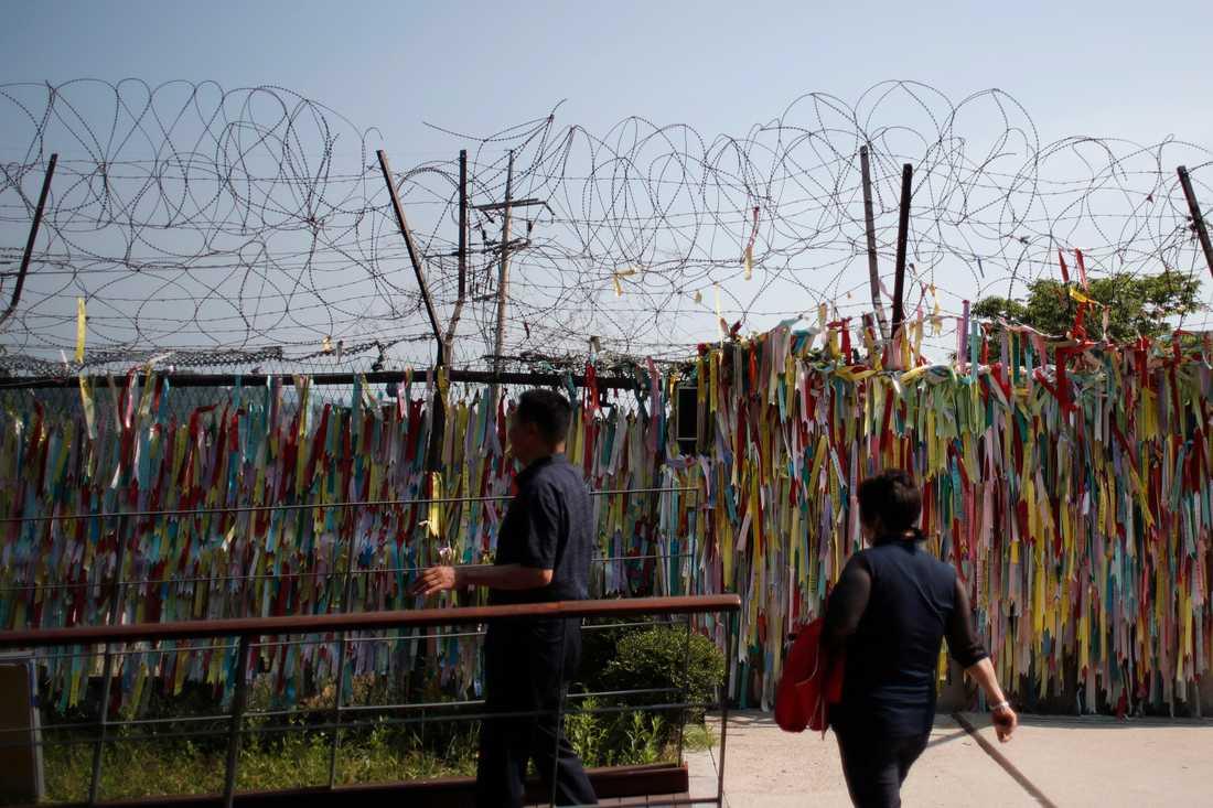 Gränsen mot Nordkorea sedd från den sydkoreanska staden Paju.