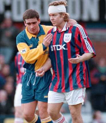 Tomas Brolin i en inte helt lyckad sejour i Crystal Palace 1998.