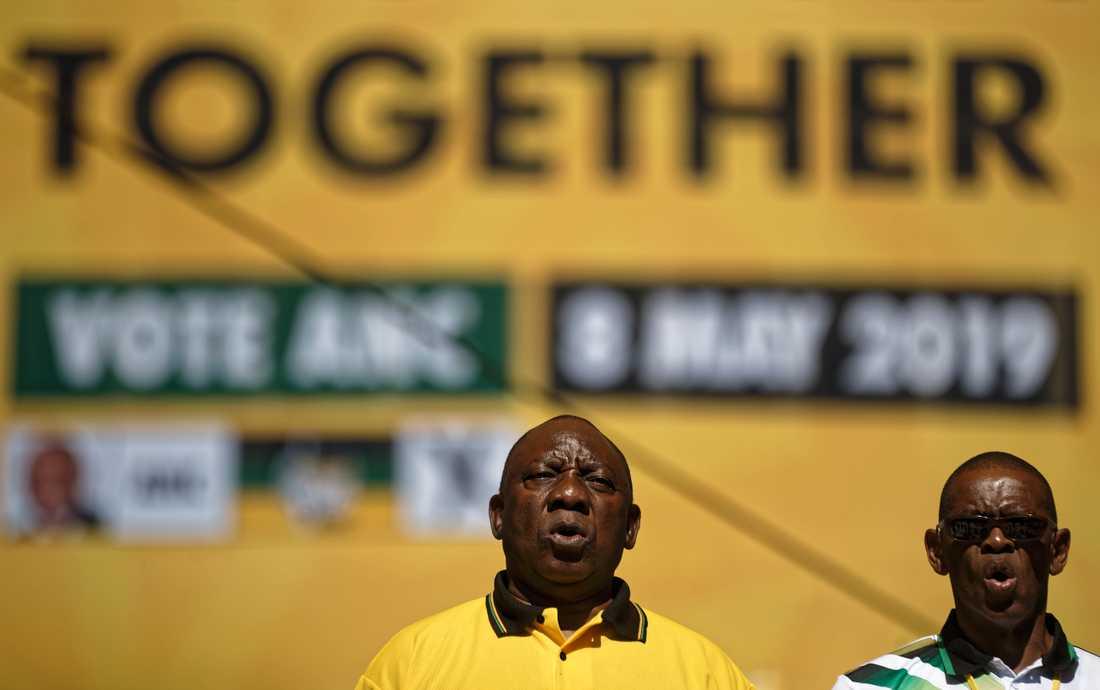 Sydafrikas president Cyril Ramaphosa på ANC:s valslutspurt i Johannesburg i söndags.