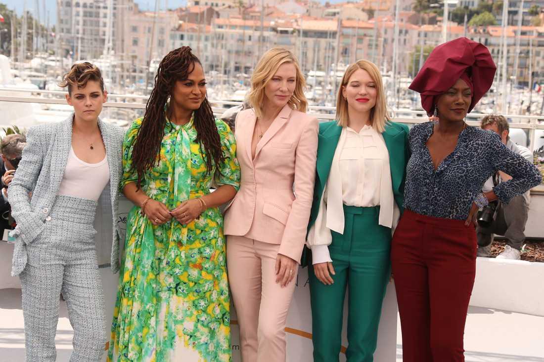 Jurymedlemmarna Kristen Stewart, Ava Duvernay, Cate Blanchett, Lea Seydoux och Khadja Nin.