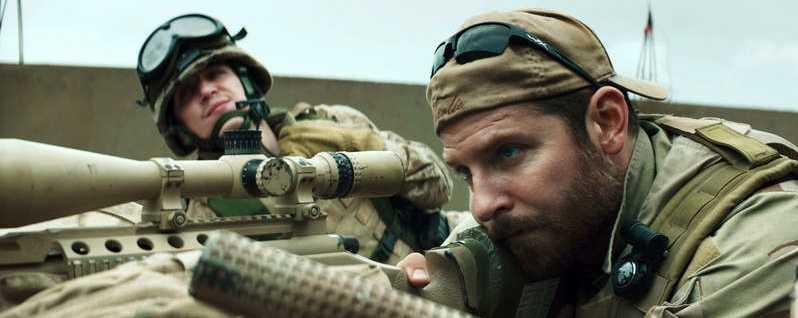 """Bradley Cooper i rollen som Chris Kyle i """"American Sniper"""". Foto: AP"""
