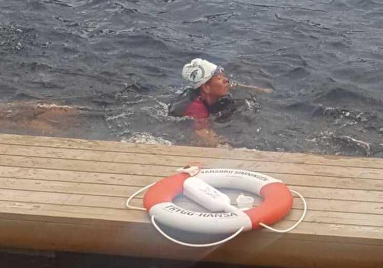 Elisabeth Olsson, 55, gjorde en tjejklassiker 2017. Här simmar hon 1000 meter under Vansbrosimmet.