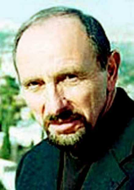 Moshe Amirav.