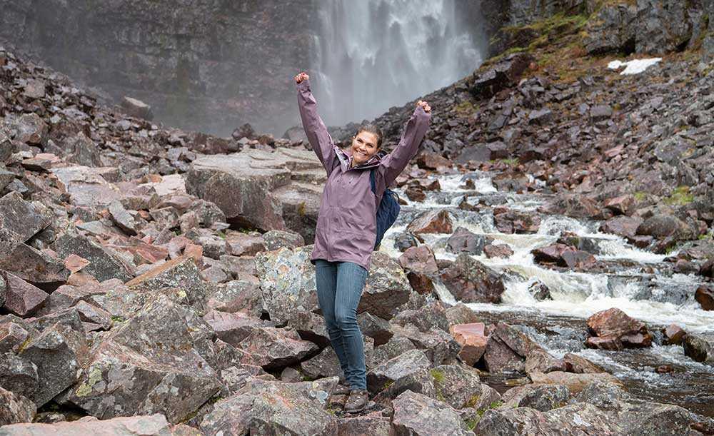 I samband med sin 40-årsdag önskade sig kronprinsessan Victoria möjligheten att vandra i Sveriges alla landskap. Vandringarna genomfördes under alla årstider.