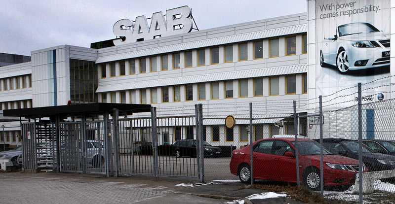 behöver stöd Antingen går Saab under eller så måste regeringen svika sin princip att staten aldrig får bli bilfabriksägare. Näringsminister Maud Olofsson sitter i en svår sits.