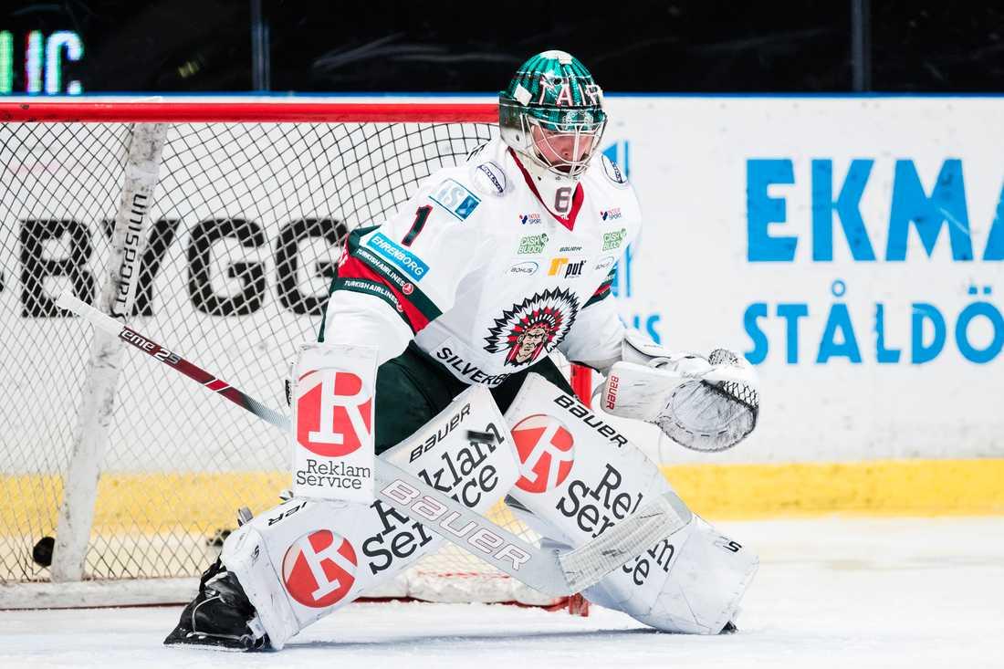 Tex Williamsson avslutade säsongen som tredjemålvakt hos svenska mästarna Frölunda. Nu är han klar för IK Oskarshamn.