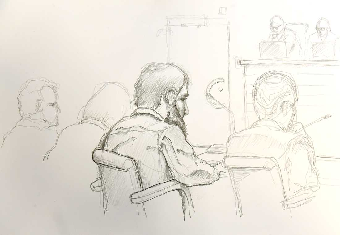 Den misstänkte Rakhmat Akilov i rätten.