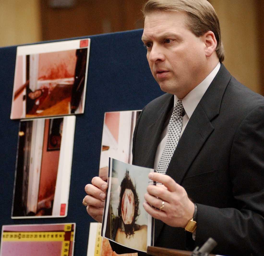 Åklagaren Jim Hardin i rätten 2003.