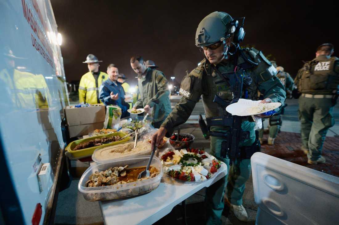 Mat till poliserna som jagade Dzjochar.