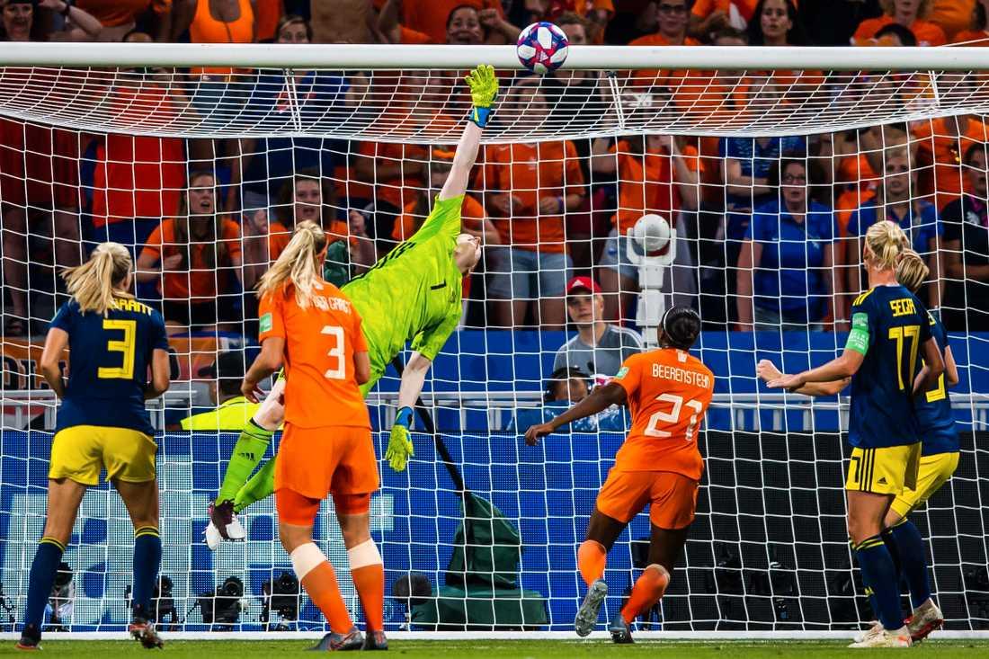Lindahls räddning mot Holland i semifinalen