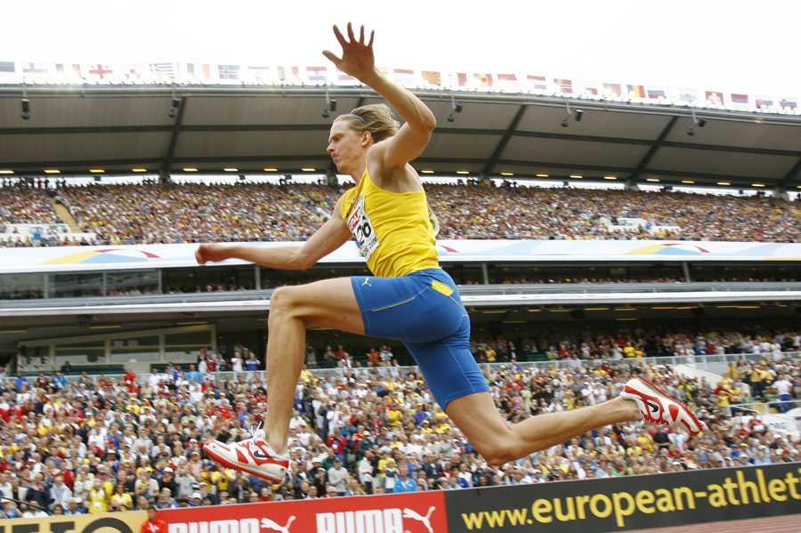 EM I GÖTEBORG 2006 Christian Olsson hoppade 17,67 i hemma-EM i Göteborg på Ullevi och vann guld.