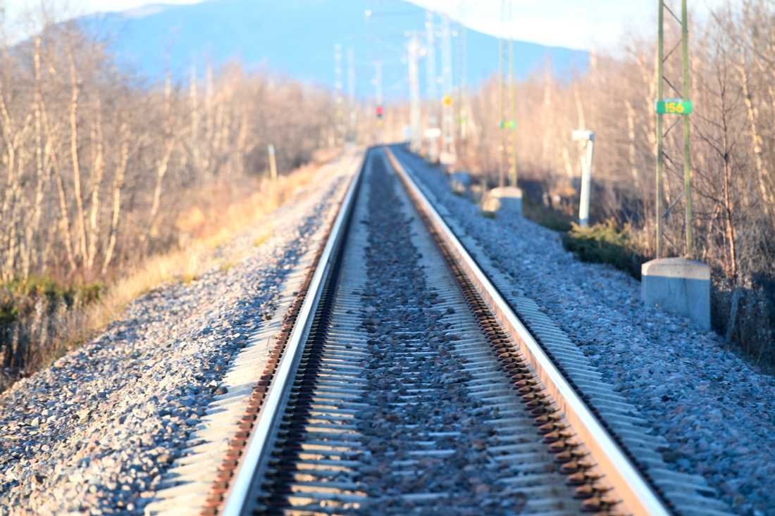 Järnvägslinje mellan Narvik och Luleå som kallas Malmbanan, mellan Riksgränsen-Boden. Här i närheten av Kiruna. Arkivbild