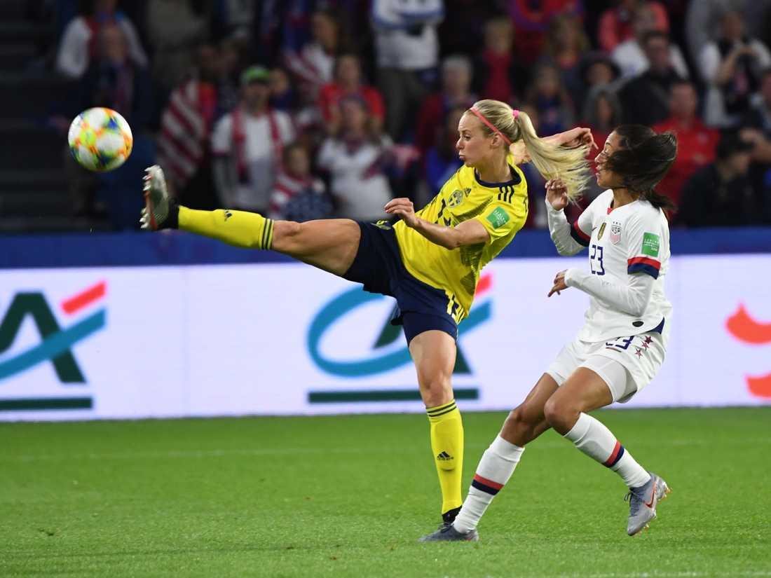Amanda Ilestedt (här i landslagströjan) och hennes Bayern München möter Göteborg i Champions Leagues 16-delsfinal. Arkivbild.