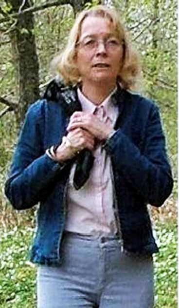 SPÅRLÖST FÖRSVUNNEN Fängelsepsykologen Helena Bering, 56, är borta sedan onsdagen den 18 augusti. Hennes man är övertygad om att någon har kidnappat hans hustru.