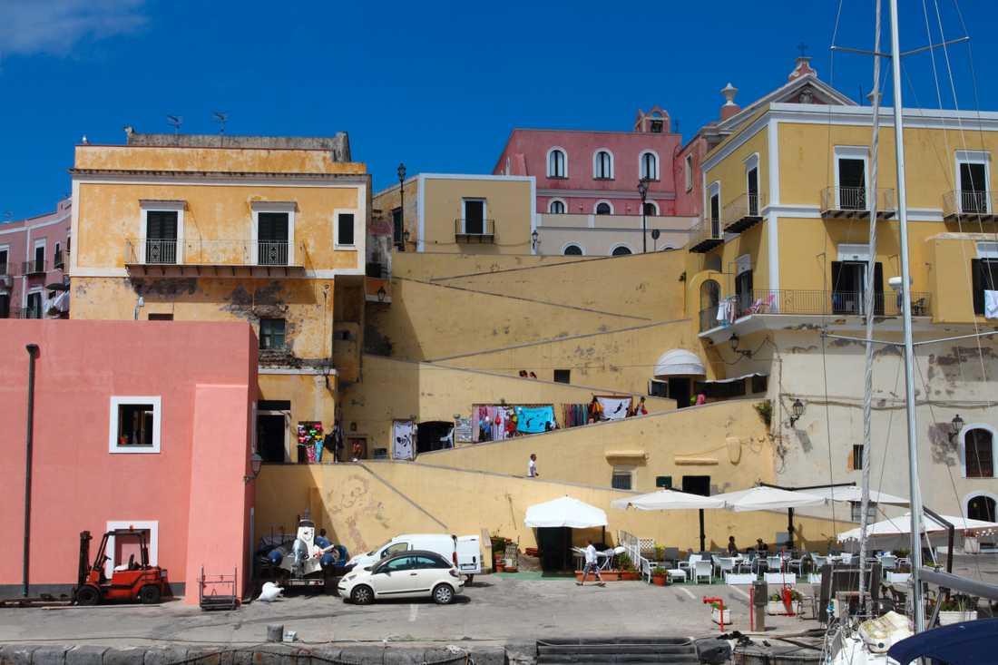 Byggnader i Ponza.