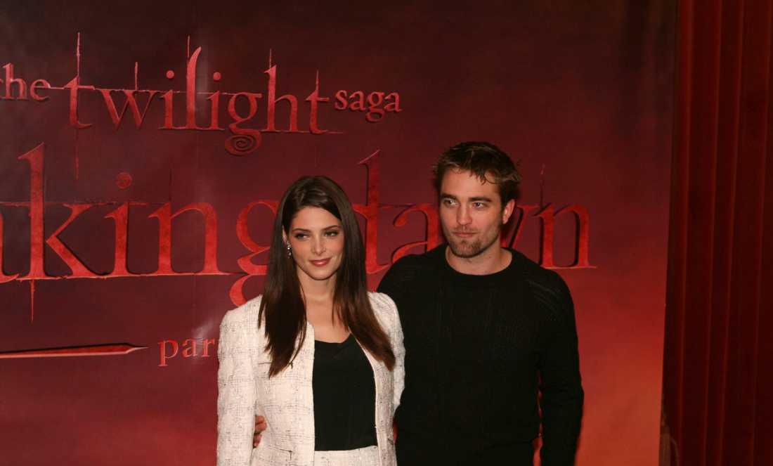 Ashley Green och Robert Pattinson på Grand Hotell.