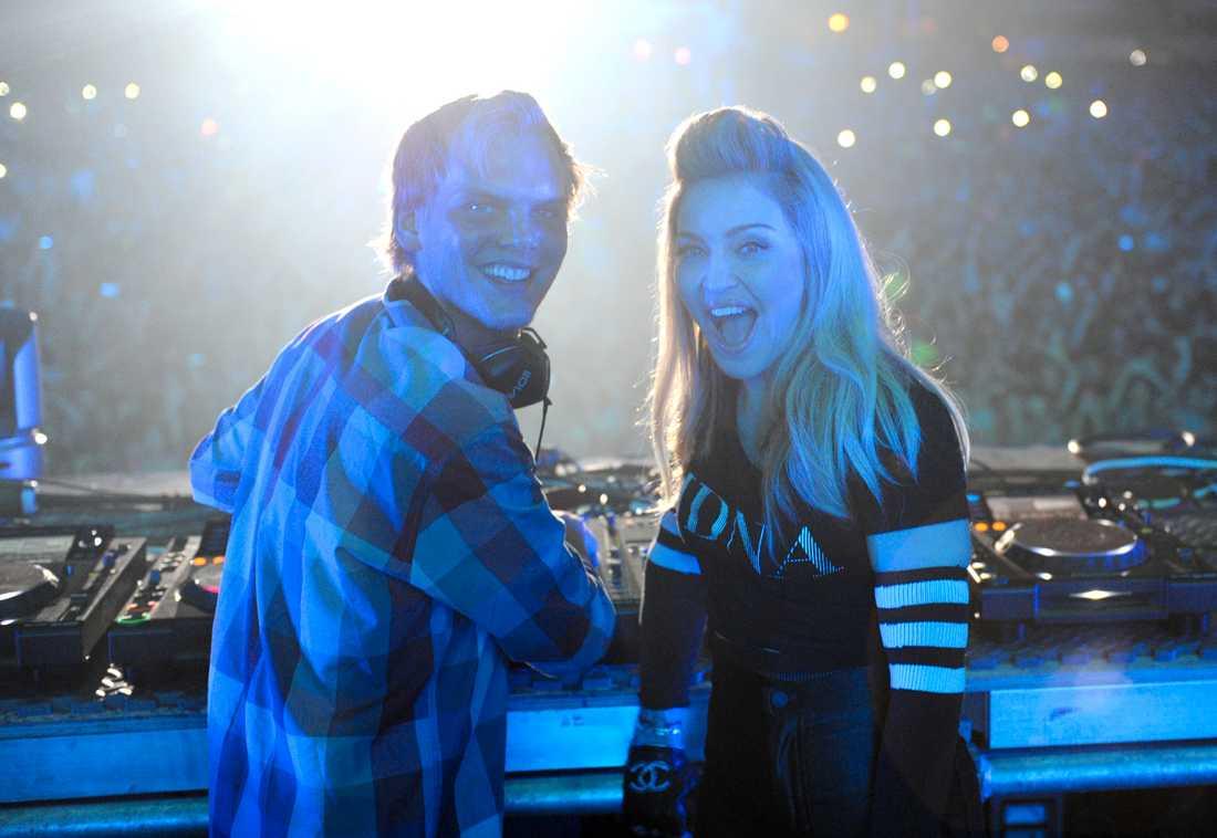 Madonna och Avicii spelar ihop på Ultra Music Festival i Miami 2012.