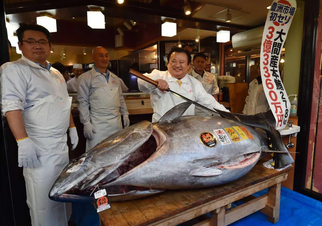 """Den lyckliga köparen: """"Det är den bästa tonfisken"""""""