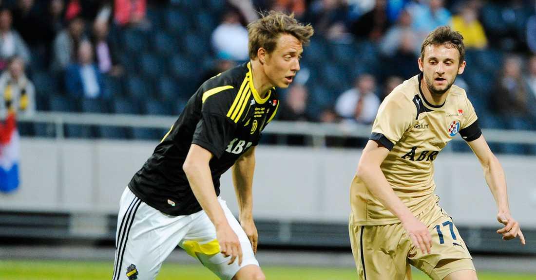 Lundberg i AIK-tröjan.