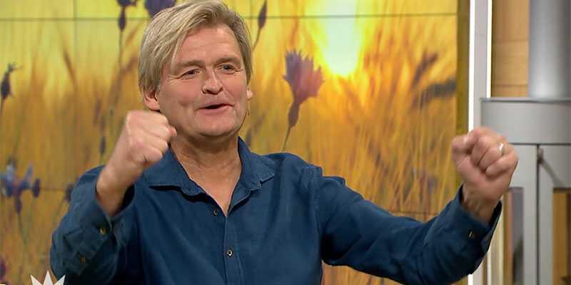 Här jublar travprofilen Per Edström efter att ha skrapat fram sin andra miljonvinst på Triss.